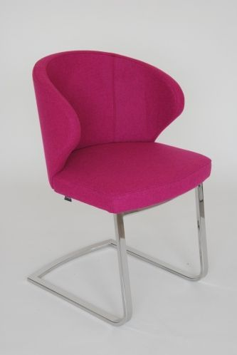 Doris P Armchair - Base 03
